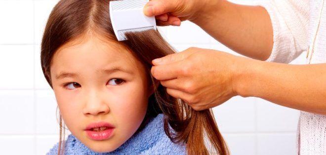 Прочесывание волос гребнем