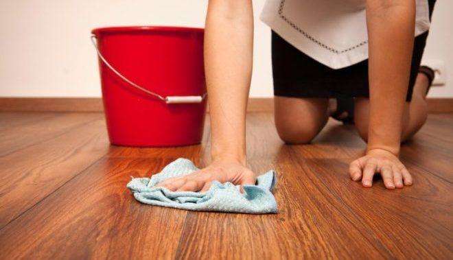 Мытье полов с отваром из полыни