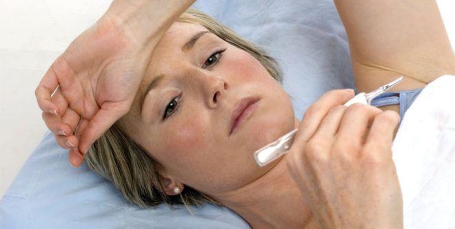 После укуса блохи может повысится температура тела