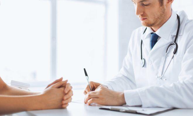 Обратиться за врачебной помощью